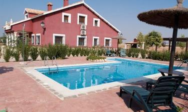 Casa Rural Villanova en Villanueva de Bogas a 32Km. de Villaminaya