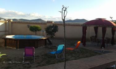 El portón de Villanova en Villanueva de Bogas a 51Km. de Villacañas