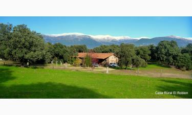 Casa rural el Roblon en Sartajada a 11Km. de Casavieja