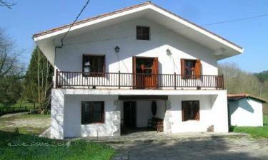 Casa Rural Iberetxebarri en Gatica a 7Km. de Mungia