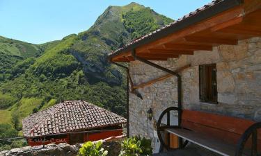 Hotal Rural Casa Cesáreo en Pola de Somiedo a 27Km. de Caboalles de Abajo