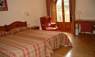 Hotel Abat Cisneros en Monistrol de Montserrat a 24Km. de Vallbona d'Anoia