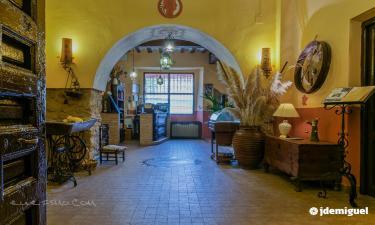 Hospedería Casas de Luján en Saelices a 52Km. de Horcajada de la Torre