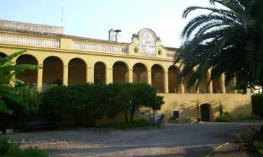 Hotel Cal Governador en Borrassà a 18Km. de Terrades