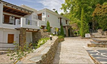 Hotel Rural *** Finca los Llanos en Capileira a 7Km. de Mecina-Fondales