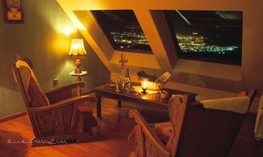 Hotel El Balcón de las Nieves en La Zubia a 17Km. de Peligros
