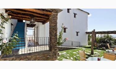 Hotel Fuente Capilerilla en Pitres (Granada)