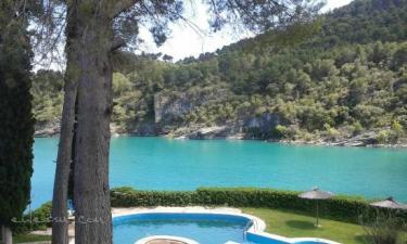 Hotel Isla Entrepeñas en Pareja a 26Km. de Yélamos de Arriba
