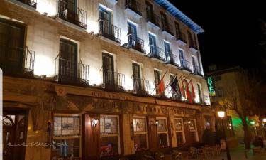 Hotel Miranda Suizo en San Lorenzo de El Escorial a 22Km. de Estacion de El Espinar