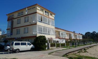 Hotel Playa en Cangas a 16Km. de Domaio