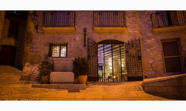 Hotel El Castell en Valderrobres a 33Km. de Valdealgorfa