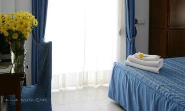 Hotel Chispa en Canet d'en Berenguer a 28Km. de Albalat dels Sorells