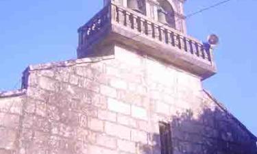 Iglesia Parroquial de Tourón