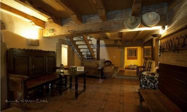 Posada La Vieja Chimenea spa en Herreros (Soria)