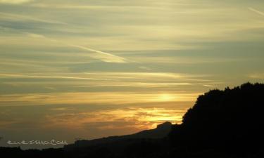 Pendueles:  un amanecer de la playa de pendueles , muy magico....
