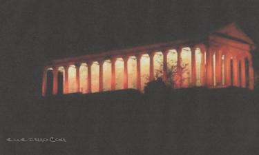 Las Fraguas:  iglesia de san jorge de noche,conocida por - el partenón-