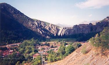 Los Barrios de Luna