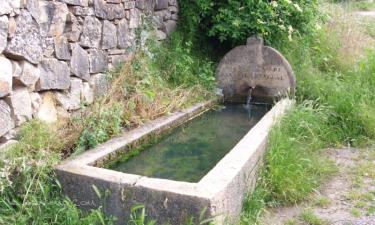 Santiuste de Pedraza:  manantiales y pilones