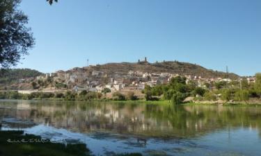 Resultado de imagen de pueblo arnes tarragona