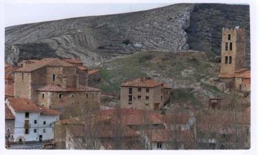 Pueblo Villarroya de los Pinares