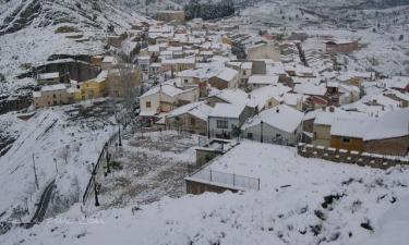 Jalance:  Jalance Bonita foto invernal de los alrededores del pueblo.