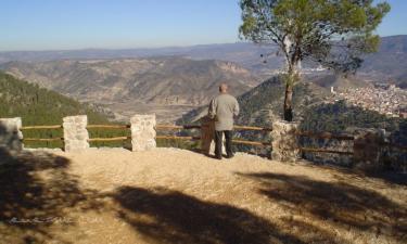 Jalance:  Jalance Mirador del Campichuelo, uno de los varios miradores que encontramos durante el camino de acceso a la Cueva Turística de Don Juan.