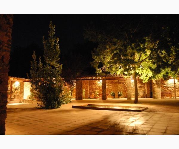 Casa rural esencia de la vega cazalla de la sierra for Casa rural sevilla piscina