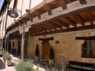 Casa Rural San Lázaro Antiguo Hospital en Santa Gadea del Cid (Burgos)