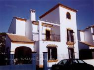 Casa Martins Amat en Sanlúcar la Mayor (Sevilla)