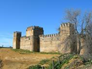 Castillo de las Aguzaderas El Coronil