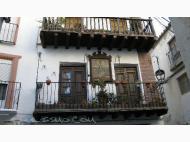 Casas con balcones de palo Baza