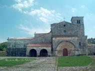 Colegiata de Santa Cruz de Castañeda Pomaluengo